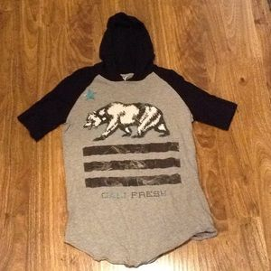 Tops - Cali Fresh Hoodie t-shirt
